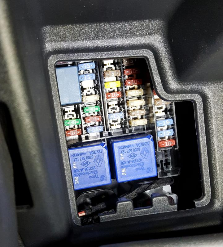 renault megane 3 fuse box location - wiring diagram high-usage-a -  high-usage-a.agriturismoduemadonne.it  agriturismoduemadonne.it