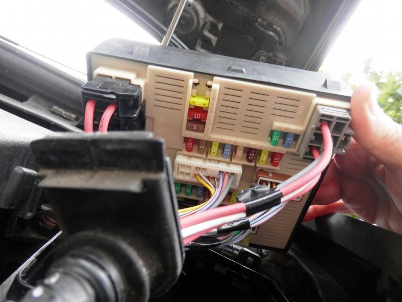 Renault Laguna Fuse Box Location