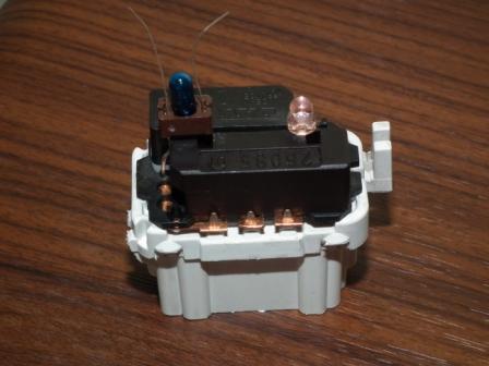 TruOpto OSW5DK3131A-12V 12V 3mm White LED 4200MCD